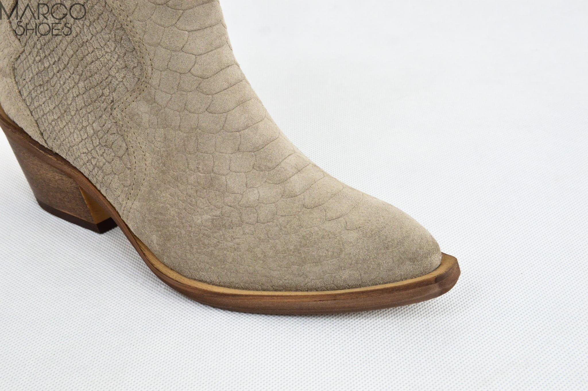 buty damskie imitacja skóry węża na obcasie